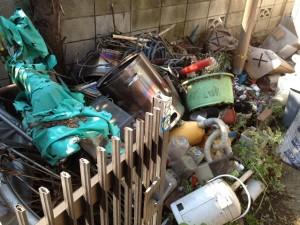 ゴミの山 ごみ屋敷